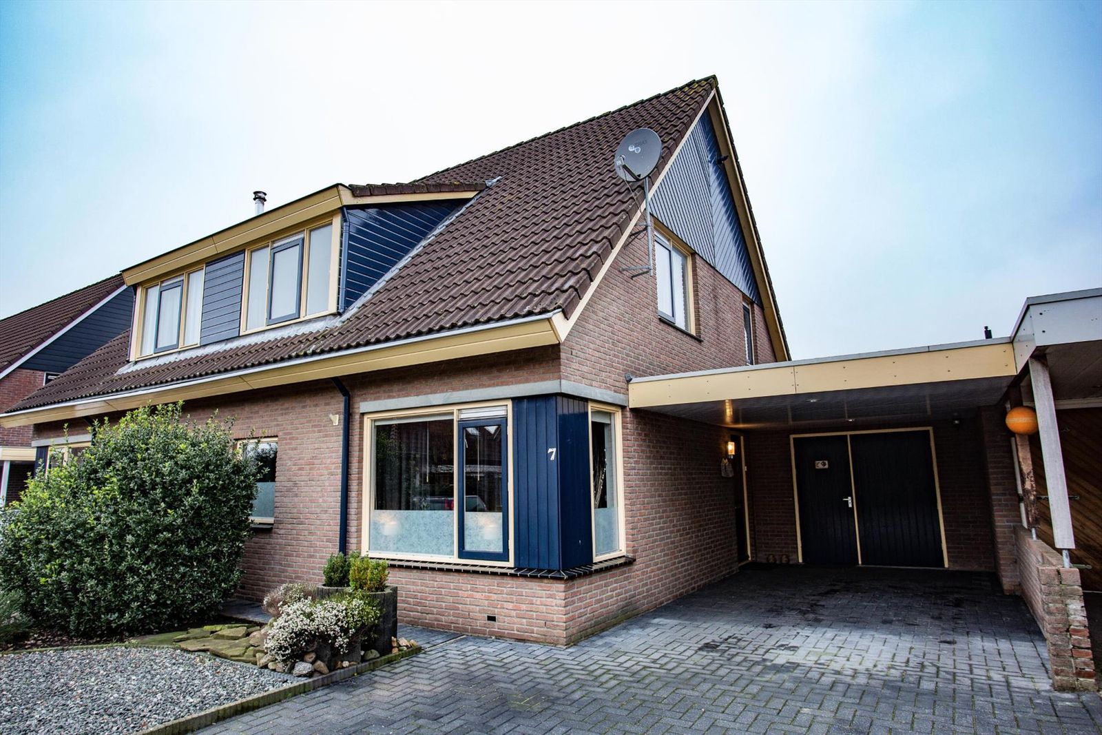 Weuststraat 7, Langeveen