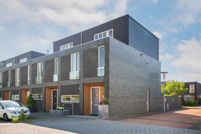 Elzenmos 154, Zwolle