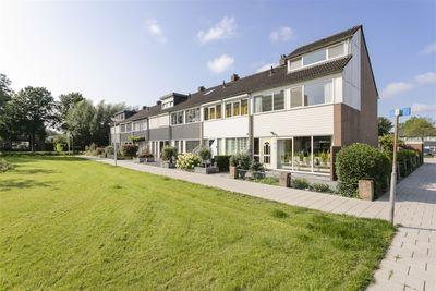 Wiardi Beckmanstraat 74, Papendrecht