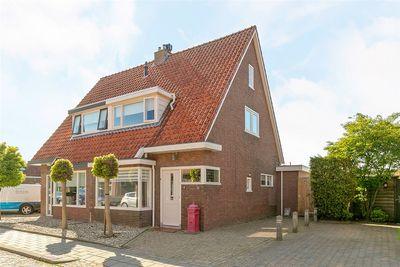 Julianastraat 32, Steenwijk