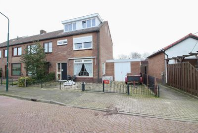 Prins Mauritsstraat 2, Bunschoten-Spakenburg