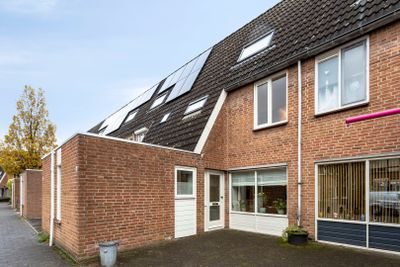 Heliotroopdijk 44, Roosendaal