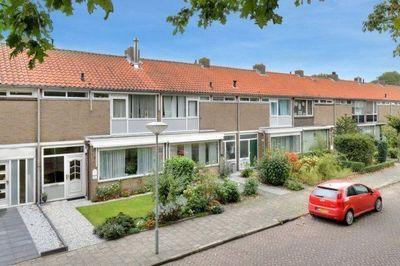 Naundorffstraat, Breda