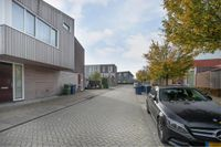 Helmstok 6, Almere