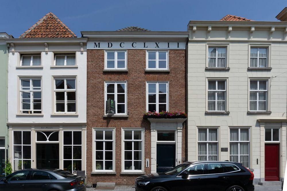 Lievevrouwestraat 32, Bergen op Zoom