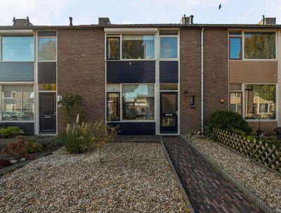 Maria Van Oranjestraat 14, Buren