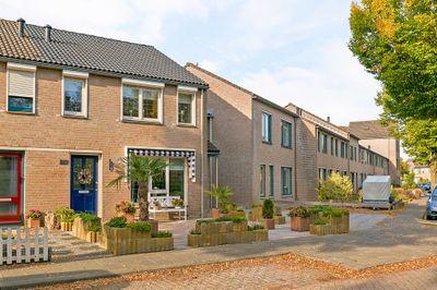 Nemerlaerhof 180, Helmond