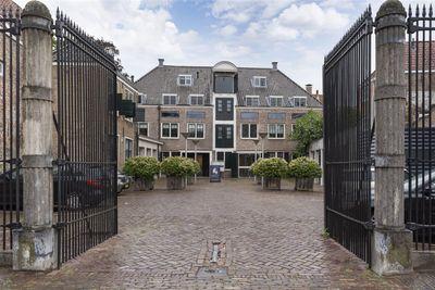 Balans 17E, Middelburg