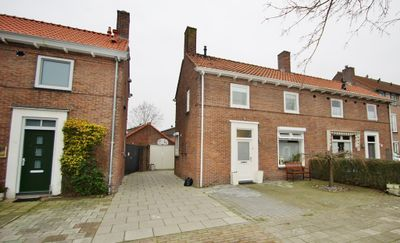 Irenestraat 15, Rijen