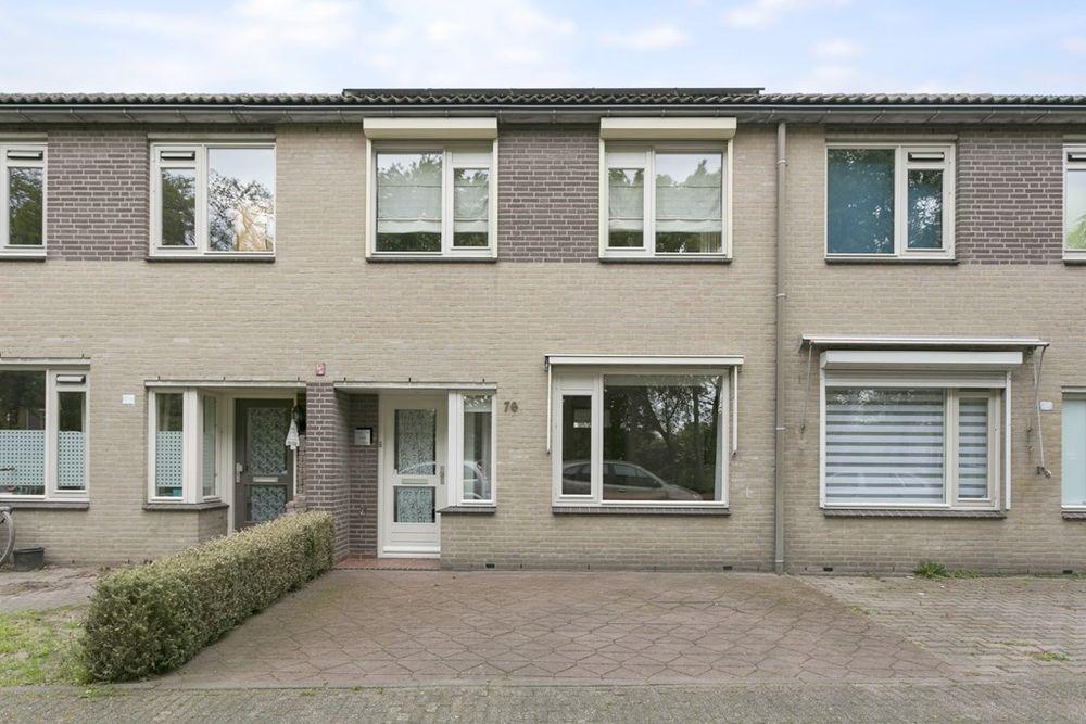 Veluwehof 76, Helmond