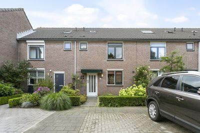 Adriaan Swaenstraat 10, Geertruidenberg