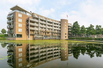 Louis Armstronglaan 77, Leiden