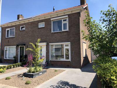 Prins Bernhardstraat 7, Den Bommel