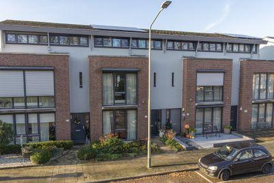 Willem de Zwijgerstraat 117, Venlo