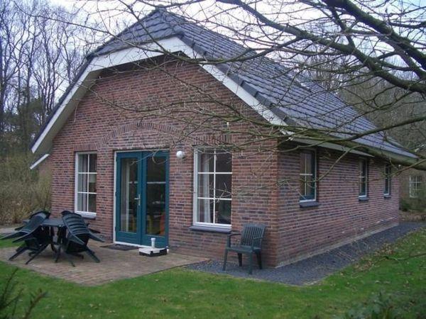 Hof van Halenweg 2 -48, Hooghalen