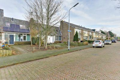 Broekemastraat 23, Nieuw-Vennep