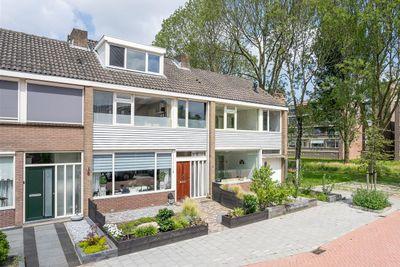 A. van Scheltemastraat 4, Papendrecht