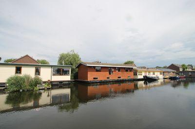 Woonschepenhaven 9, Lemmer