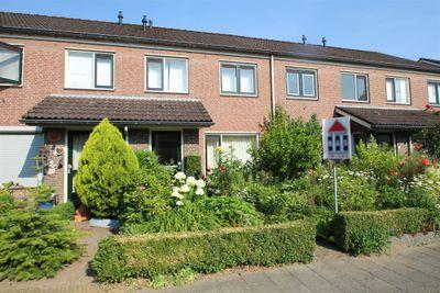 Prins Bernhardstraat 26, Randwijk