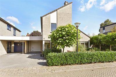 Heliosstraat 63, Apeldoorn