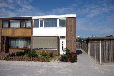 Laan Van Nieuw Blankenburg 252, Rozenburg