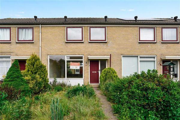 Klaverveld 11, Nieuw-Vennep