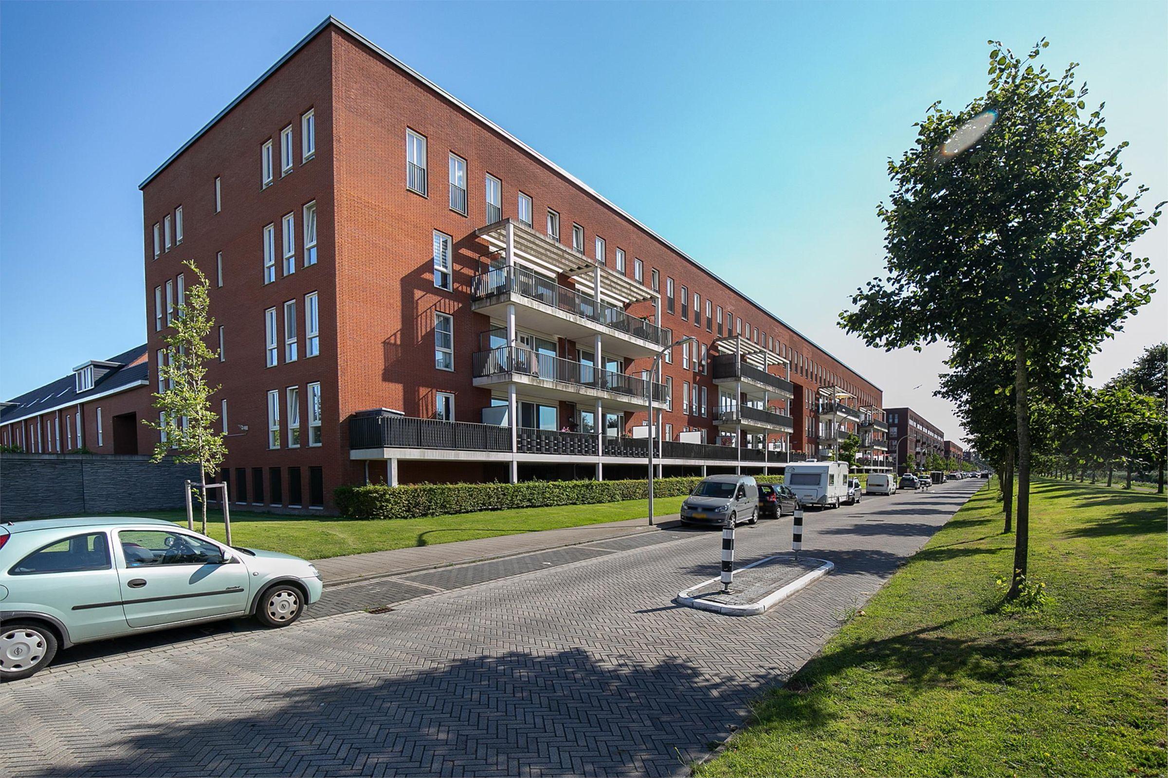 Gilze-Rijenhof 94, Nootdorp