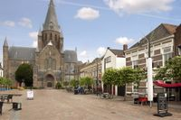 Markt 10, Steenbergen