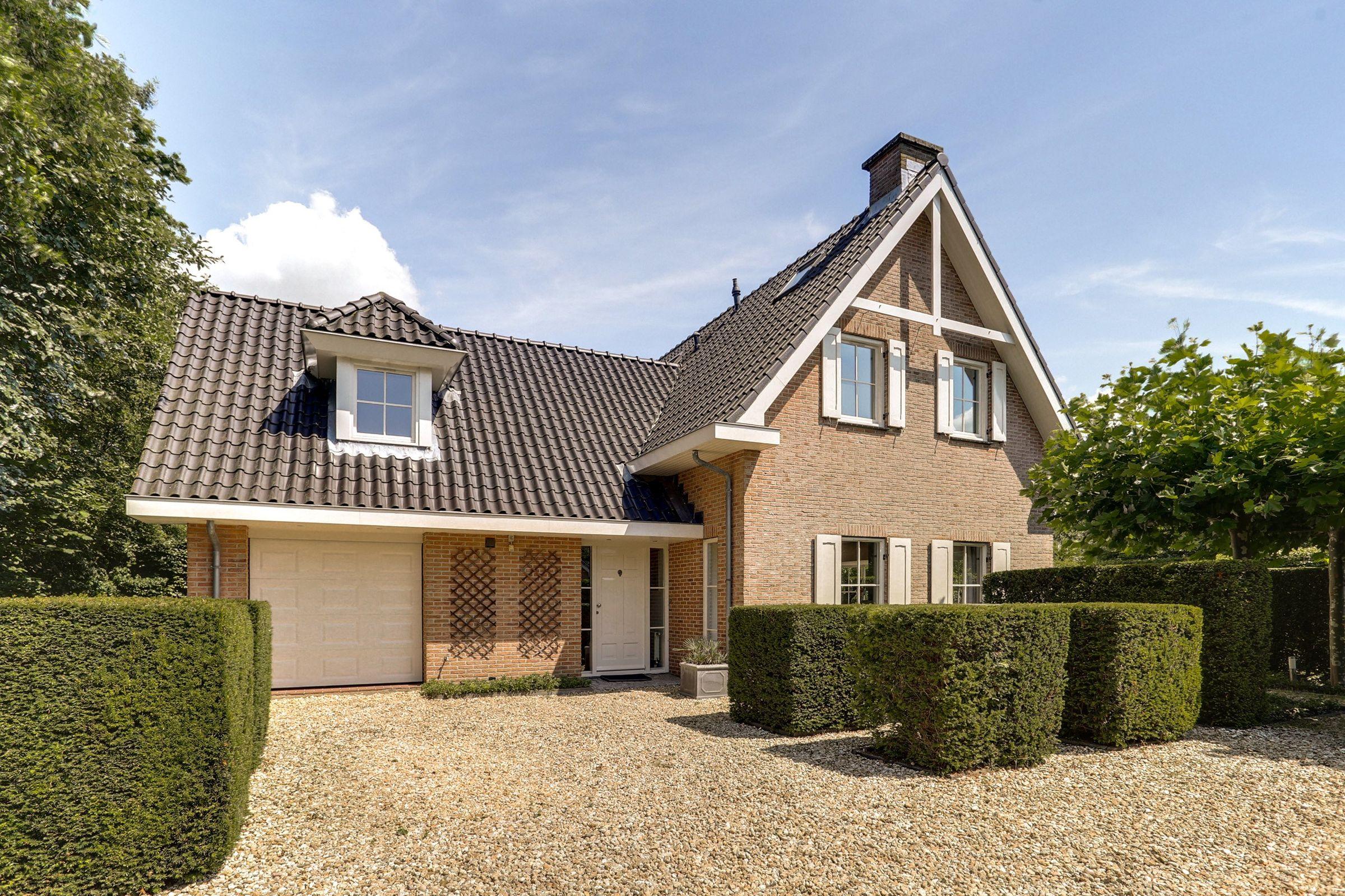 Buizerdlaan 4, Almere