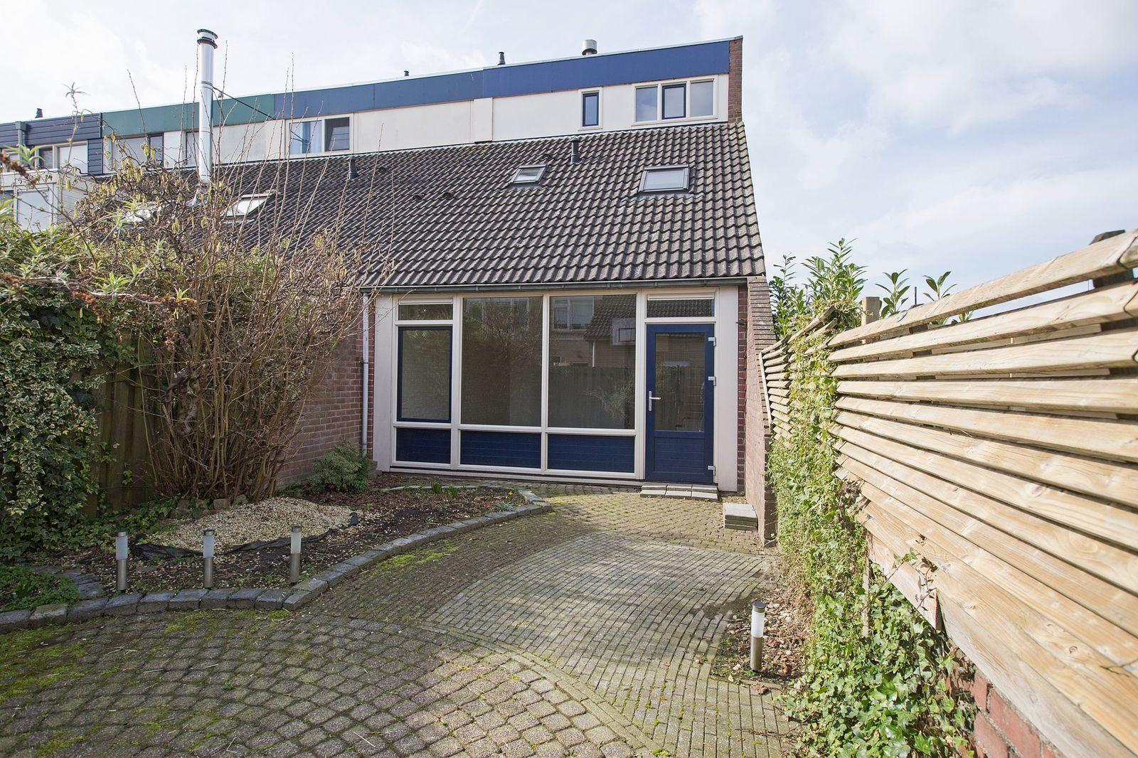 Tamboerlaan 101, Hoogeveen