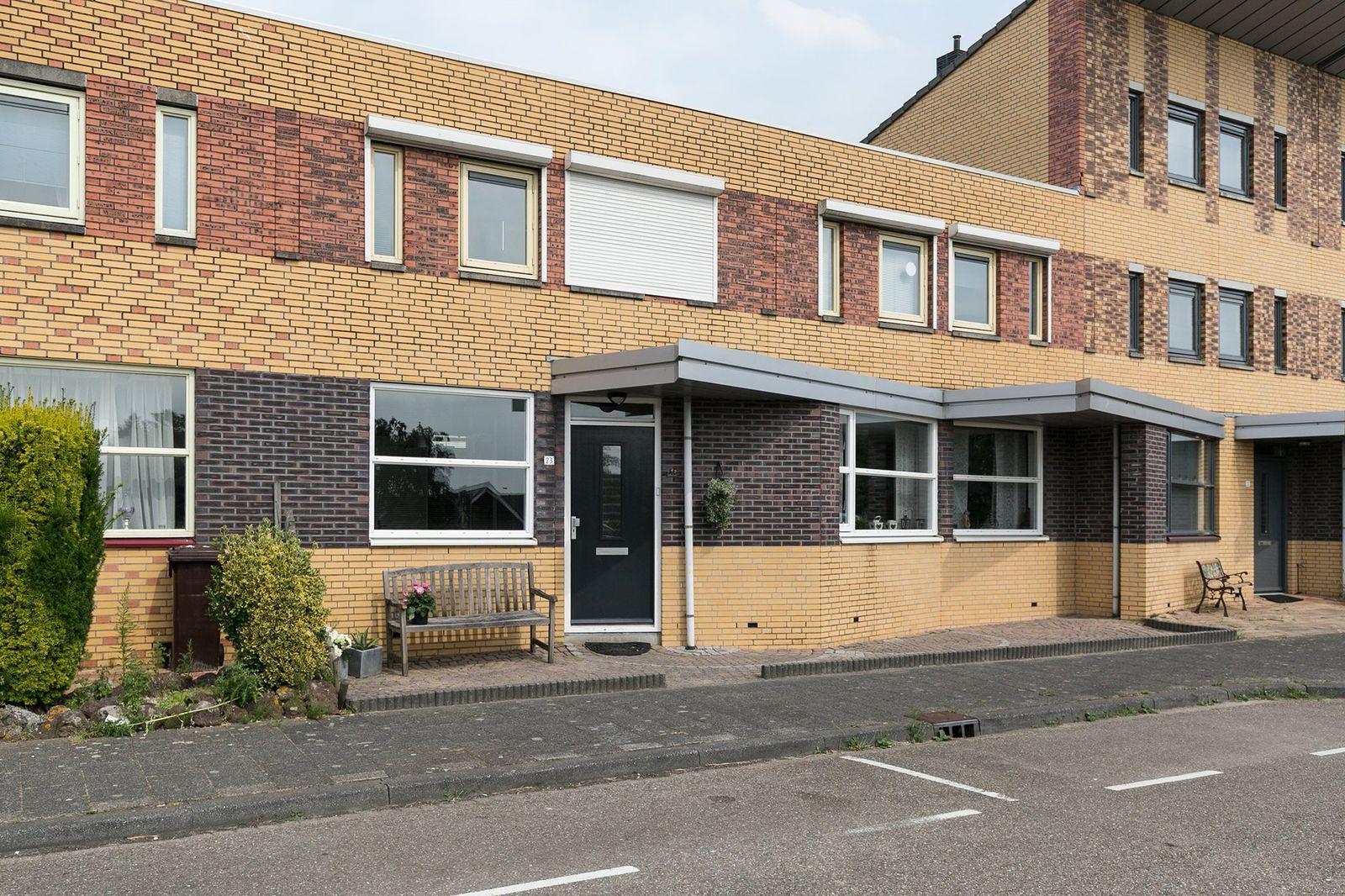 Hellingbaan 23, Ridderkerk
