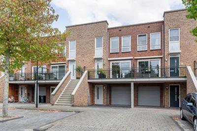 Merbauhout 7, Barendrecht