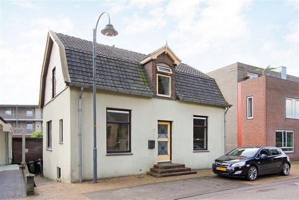 Tielsestraat 61, Valburg
