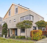 Benthuizenstraat 24, Zoetermeer