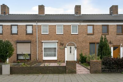 Bredaseweg 97, Roosendaal