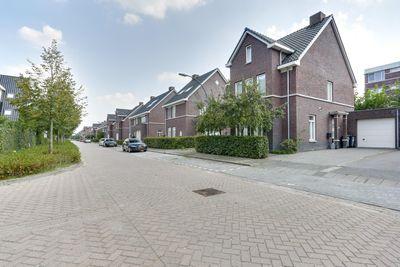 Dagpauwoog 25, Oosterhout