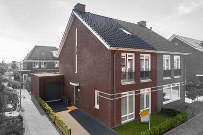 Van Hardevelderf 4, Veenendaal