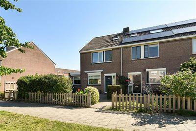 Karn 38, Monnickendam