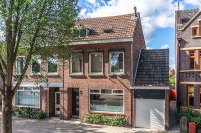 Maagdenbergweg 22, Venlo