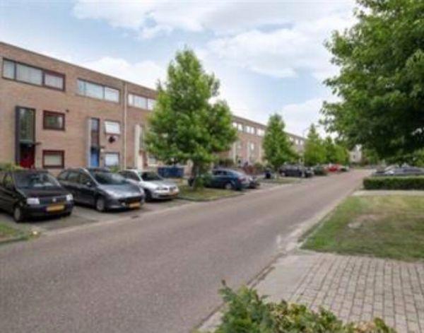 Multatuliweg, Almere