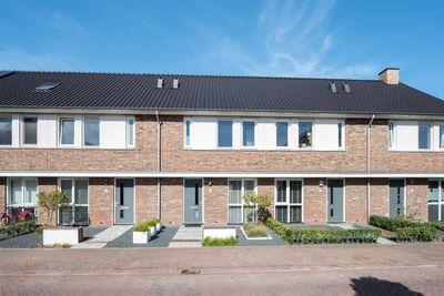 Dominicus van Ophovenstraat 9, Veghel