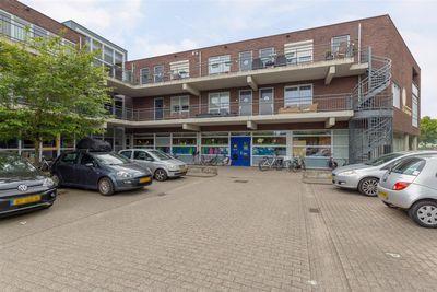 Zonnehout 3, Houten
