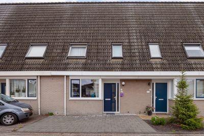 Pastoor A.C. Damesstraat 9, Klazienaveen