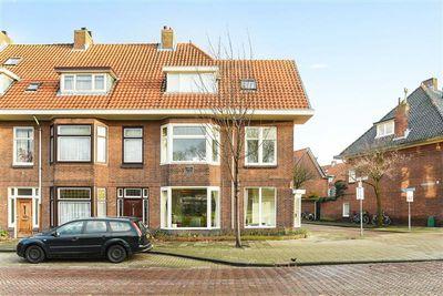 Buys Ballotstraat 2, Leiden