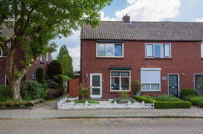 Venestraat 8, Winterswijk