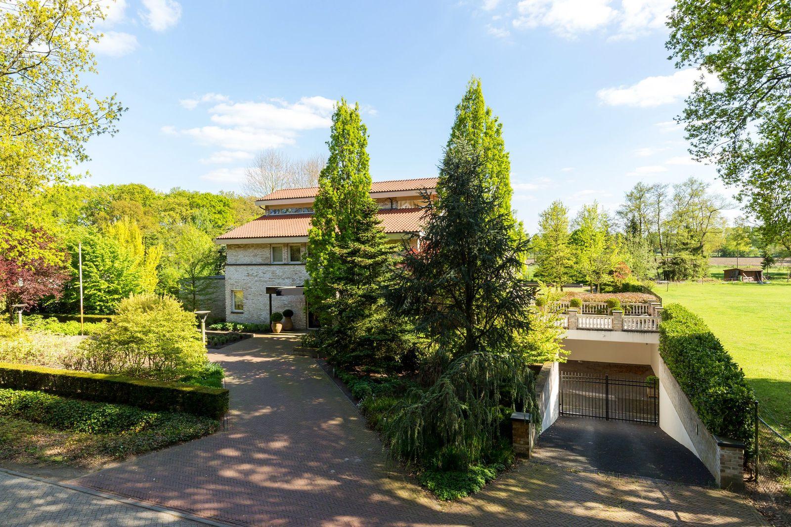 Krommeweg 14, Helmond