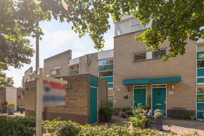 Jan Vermeerlaan 125, Roosendaal