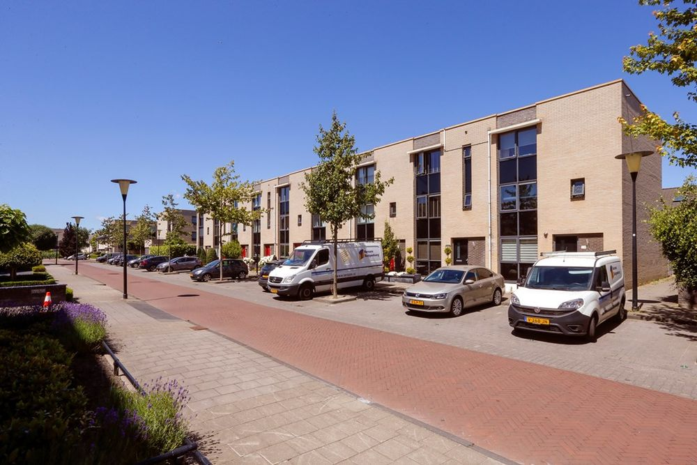 Wolvenburg 35, Barendrecht