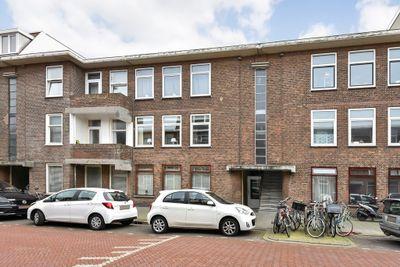 Pluvierstraat 320, Den Haag