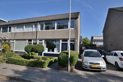 Ulbe van Houtenstrjitte 84, Gytsjerk